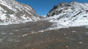 Киргизия. Перевал Чон-Ашу. Высота 3822 метра. Kyrgyzstan. Chon-Ashu Pass. Height is 3822 meters.