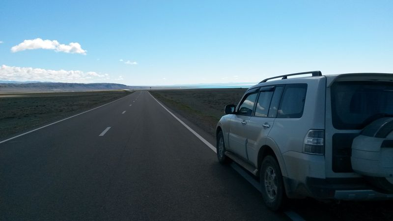 Монголия. Дорога к озеру Хяргас. Mongolia. The road to Lake Härgas.