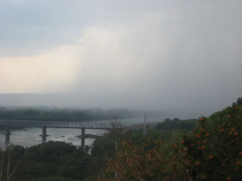 Россия. Уфа. Река Белая. Гроза над рекой. Russia. Ufa. White River. Thunderstorm over the river.
