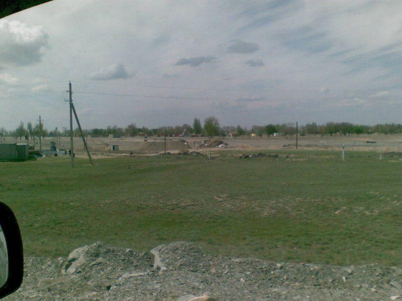 Кызылагаш. Строится новый мост. Kyzylagash. New bridge is being built.