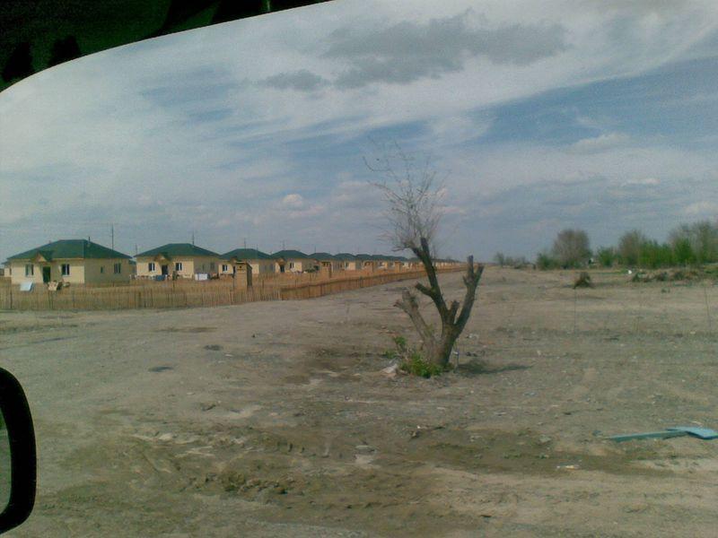 Кызылагаш. Новые дома после наводнения.Kyzylagash. New houses after the flood.
