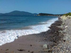 Автопутешествие на Дальний Восток. Пляж бухты Руднева. Autotravel to the Far East. The beach of Rudneva Bay.