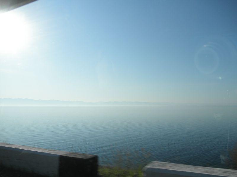 Северобайкальск - Нижнеангарск. Дорога вдоль Байкала. Severobaikalsk - Nizhneangarsk. The road along Lake Baikal.