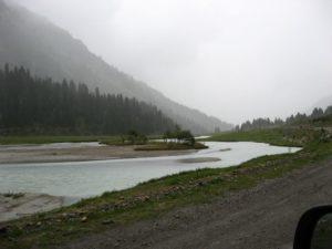 Киргизия. Река Тургень-Аксу. Kyrgyzstan. Turgen-Aksu River.