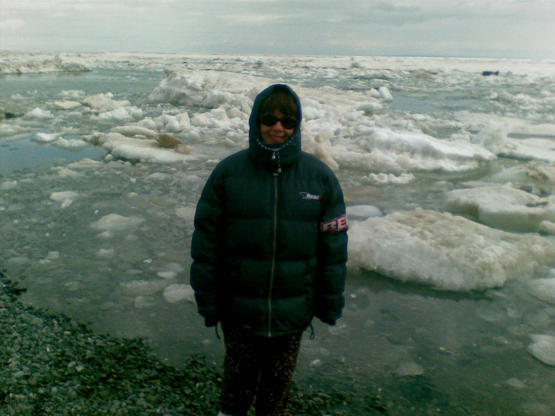 Озеро Алаколь. Льды и торосы у берега.
