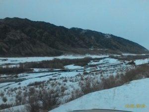 Дорога на озеро Кольсай. Река Чилик. The road to the lake Kolsai. The Chilik River.