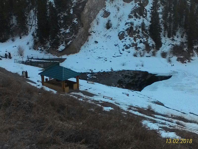 Озеро Кольсай зимой. Lake Kolsai in winter.