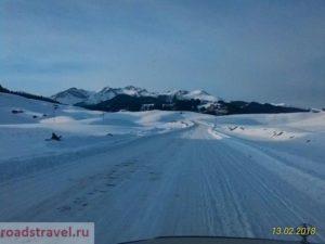 Зимняя дорога на озеро Кульсай. Winter road to the lake Kulsai.