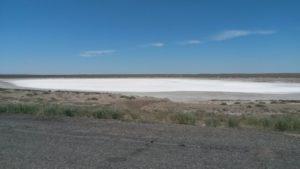 Дорога Учарал - Аягоз. Солёное озеро. The road Ucharal - Ayagoz. Salt Lake.