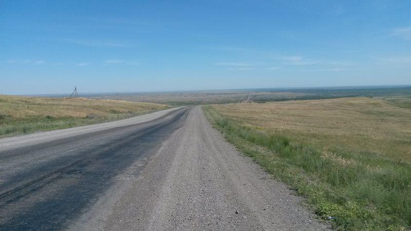 Дорога на Алаколь от Кабанбая до Учарала. The road to Alakol from Kabanbai to Ucharal.