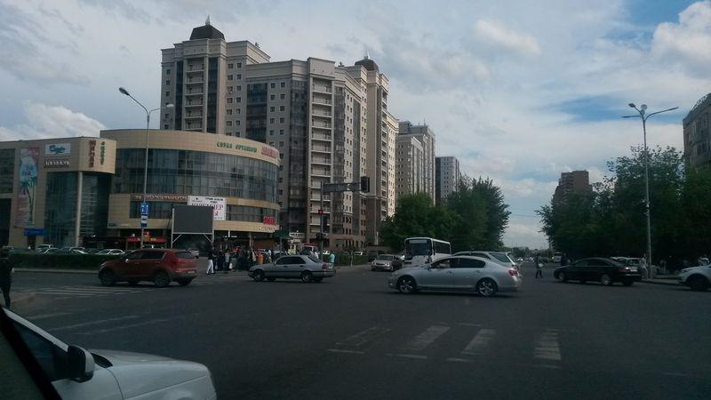Астана - столица Казахстана. Astana is the capital of Kazakhstan.