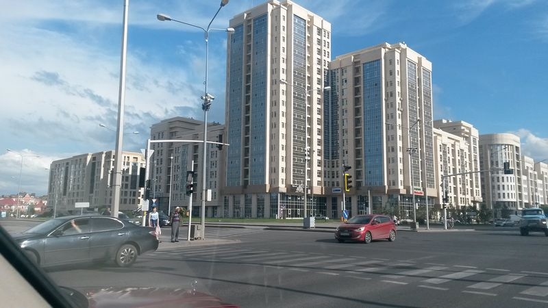 Астана - столица Казахстана. Astana is the capital of Kazakhstan.