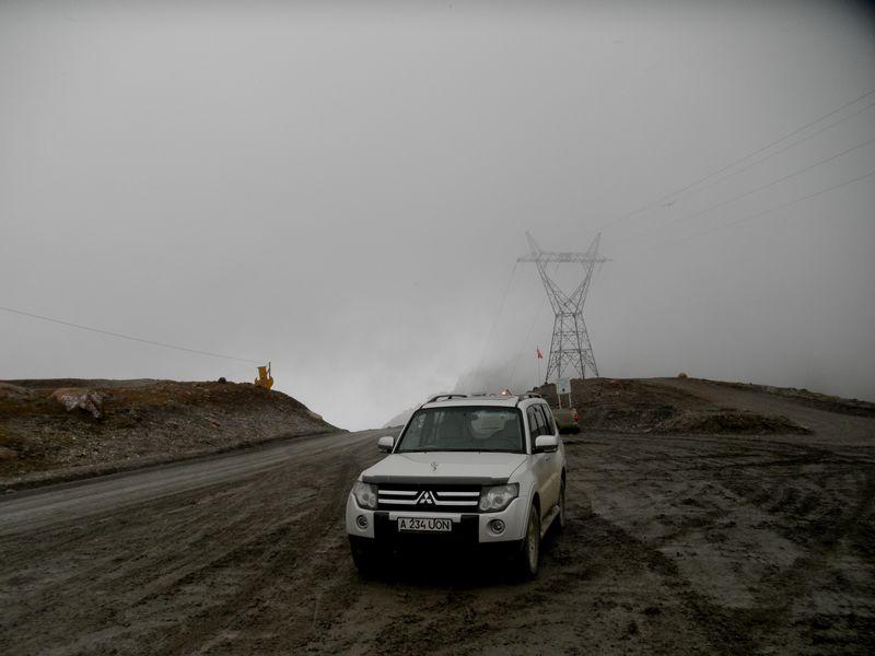Тянь-Шань. Перевал Барскаун. 3754 метра. Tien Shan. Pass Barskaun. 3754 meters.