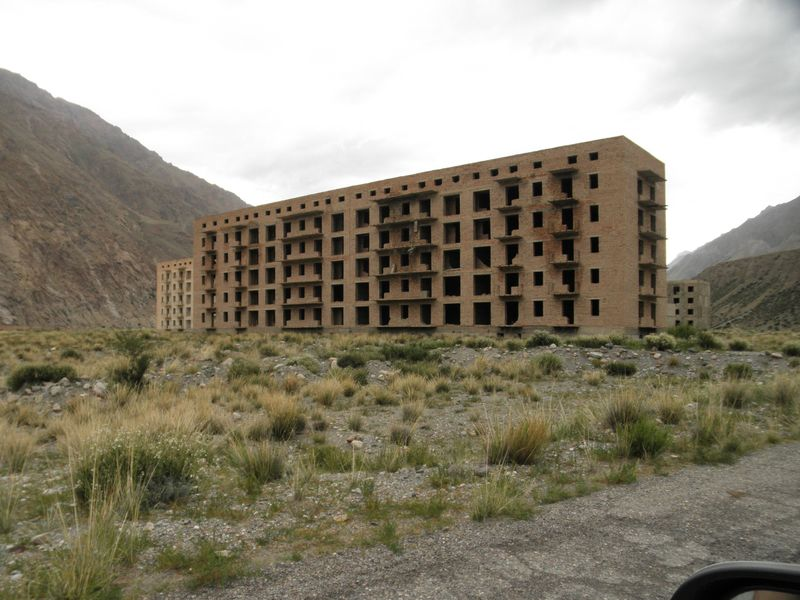 Киргизия. Город-призрак Иныльчек. Kyrgyzstan. The ghost town Inylchek.
