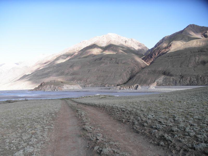 Киргизия. Река Иныльчек. Kyrgyzstan. Inylchek River.