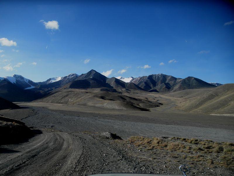 Тянь-Шань. Киргизия. Селевой выброс. Tien Shan. Kyrgyzstan. The mudflow.