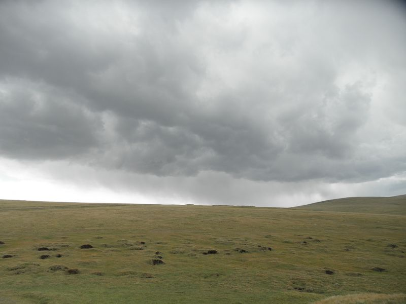 Киргизия. Гроза на перевале. Kyrgyzstan. Thunderstorm on the pass.