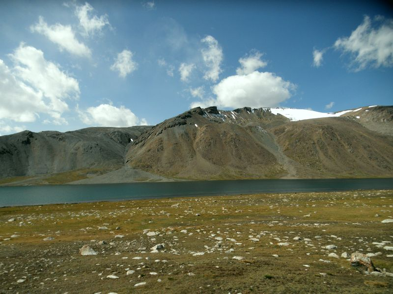 Тянь-Шань. Киргизия. Горная тундра. Озёра Джашилкёль. Tien Shan. Kyrgyzstan. Mountain tundra. Dzhashilkol lakes.