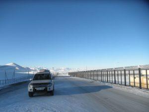 "Тянь-Шань. Киргизия. Пункт пропуска ""Торугарт"". Tien Shan. Kyrgyzstan. Checkpoint ""Torugart""."