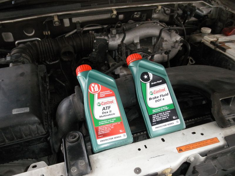 Обслуживание автомобиля  Mitsubishi Pajero. Car maintenance Mitsubishi Pajero.