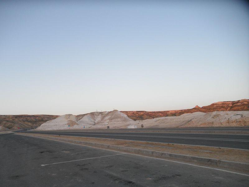 Дороги Казахстана. Магистраль от Бейнеу на Актау. Roads of Kazakhstan. Highway from Beyneu to Aktau.