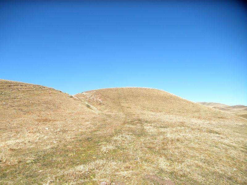 Горы Кетмень. Поиск дороги на перевал. Ketmen mountains. Search for the road to the pass.
