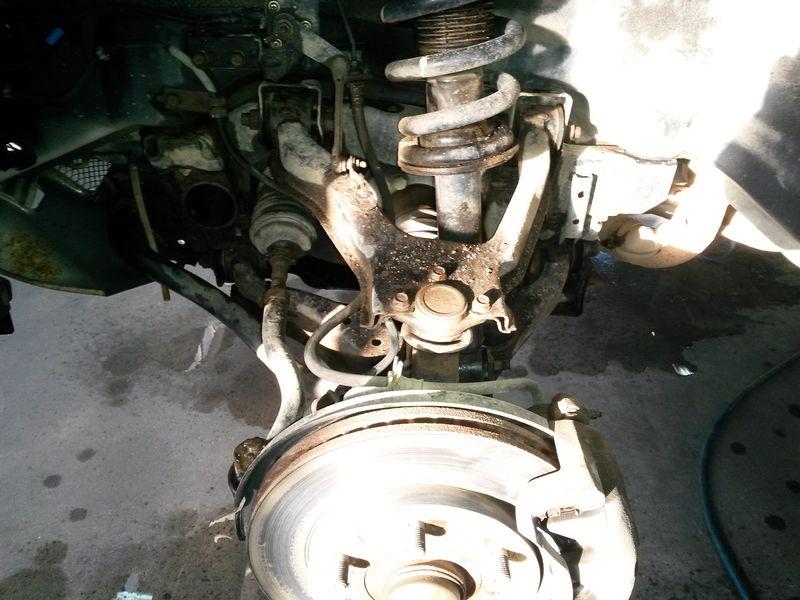 Передняя подвеска. Mitsubishi Pajero 4. Front suspension. Mitsubishi Pajero 4.