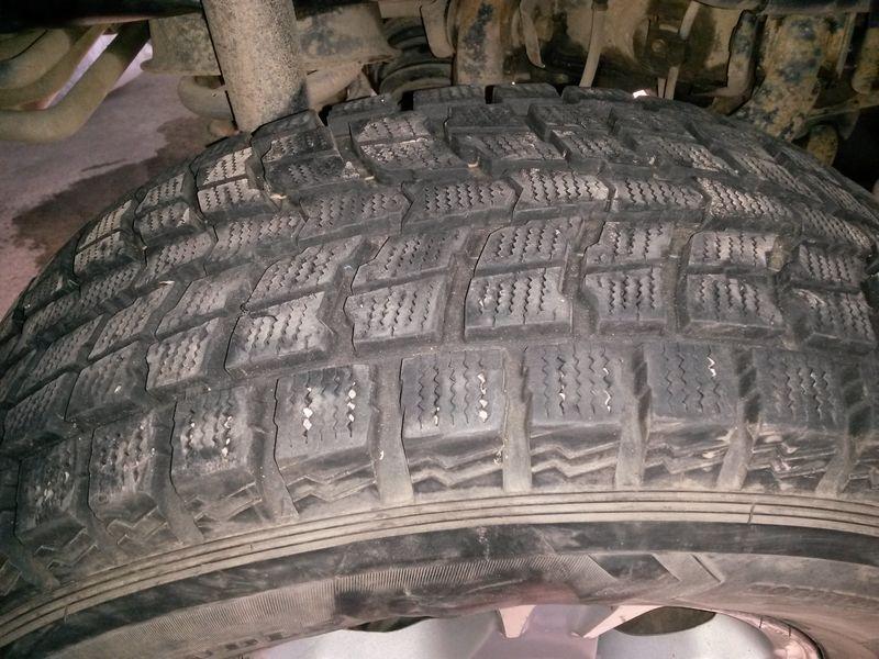 Шины Danlop Grandtrek. Mitsubishi Pajero 4. Tires Danlop Grandtrek. Mitsubishi Pajero 4.